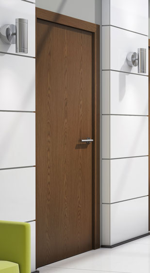 Walnut veneer match flush doors for Solid core flush door price